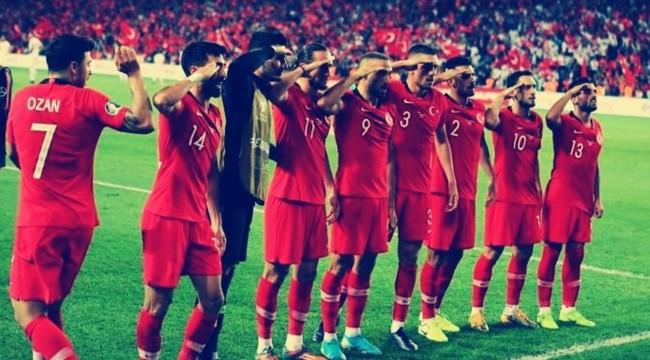 Футбол турция ghjnbd испания время начала