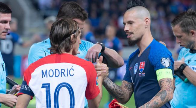 Прямая трансляция футбола испания словакия