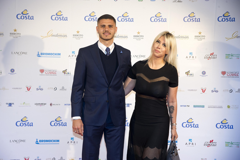 Жена футболиста интера икарди фото